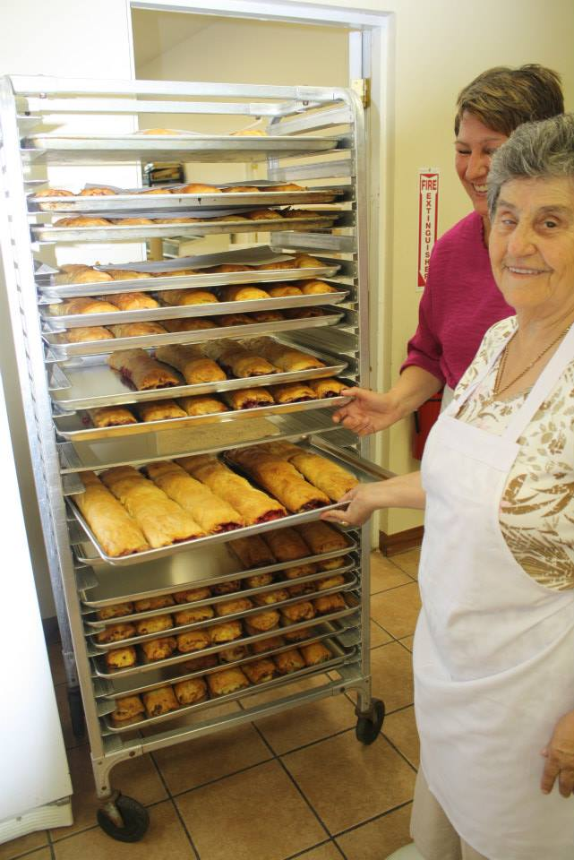 Pre-order strudels and nutrolls from Kolo Bake Sale at St. Sava Merrillville – Saturday, Apr. 8