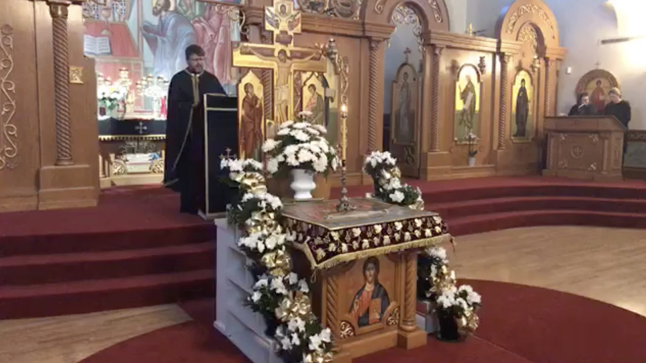 Vespers with laying of Holy Shroud – Friday, April 30 – 6:00 p.m. live streaming